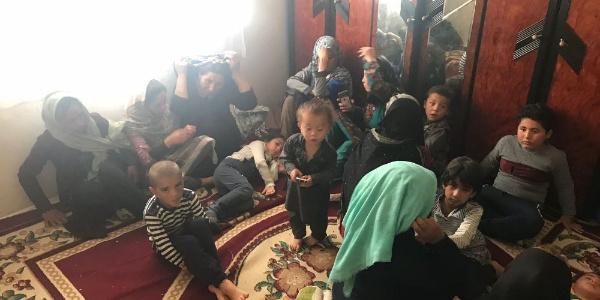 Van'da 2 adrese eş zamanlı operasyon: 202 kaçak yakalandı