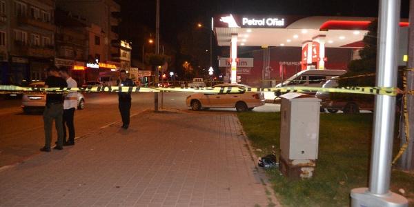 Bursa İnegöl'de alkollü şahıs cali tuvaletini ateşe verdi