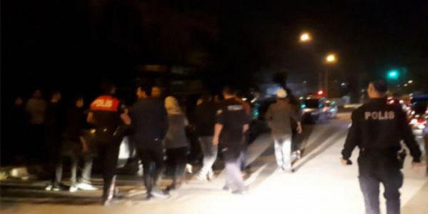 İzmir'de düğünde istek parça kavgası: 2'si ağır 16 yaralı