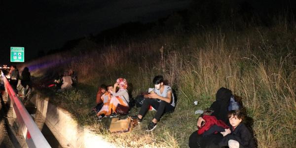 Bolu'da yol kenarındaki arızalı otobüse kamyon çarptı; 1 ölü, 4 yaralı