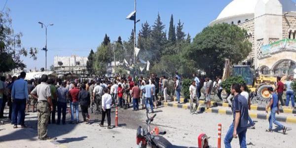 Kilis'in karşısındaki Azez'de bombalı saldırı: 2 ölü, 18 yaralı