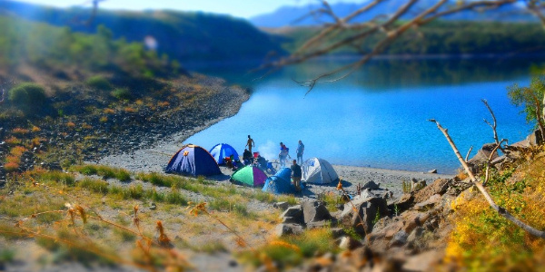 Nemrut Krater gölünde turistlerin kamp keyfi