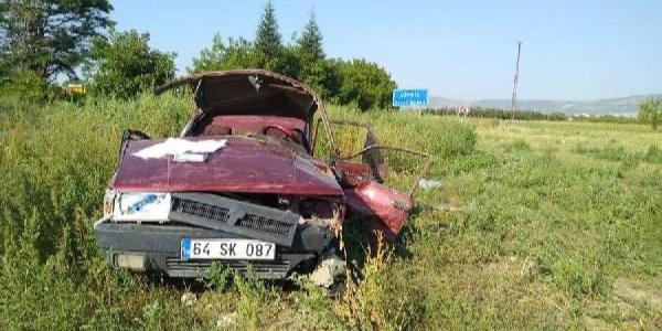 Denizli Çivril'de takla atan otomobildeki 2 kişi öldü