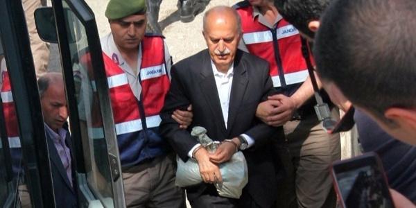 Bursa'daki FETÖ davasında  sanıklardan dolarlı tahliye talebi