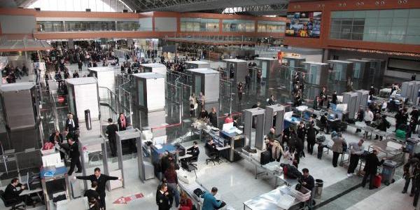 Sabiha Gökçen'de 2018'in ilk 8 ayında yüzde 11 yolcu artışı