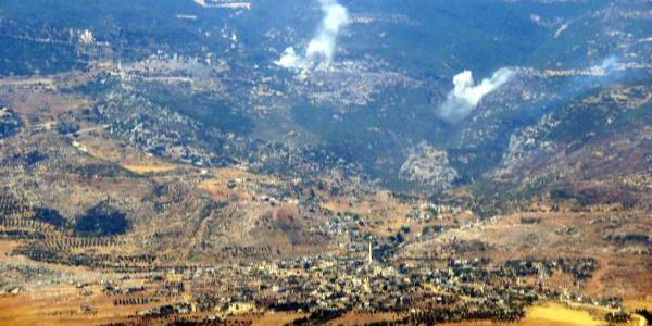 Rus ve Suriye savaş uçakları İdlib'e bomba yağdırıyor