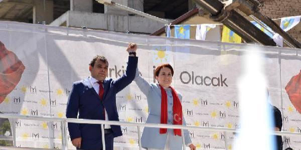 İYİ Parti Niğde İl yönetimi Genel Merkez'in çağrısı üzerine istifa etti