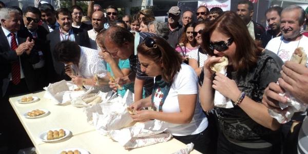 Kadıköy'deki Gaziantep Yiyecekleri Şenliğine gidecekler yaşadı: 100 bin porsiyon...