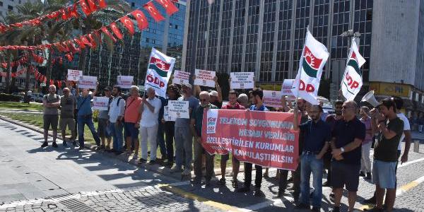 ÖDP'li bir grup Türk Telekom'un özelleştirilmesi için eylem yaptı