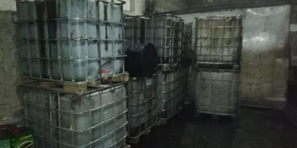 Kayseri polisinden şok baskın : 13 bin litre kaçak akaryakıt ele geçirildi