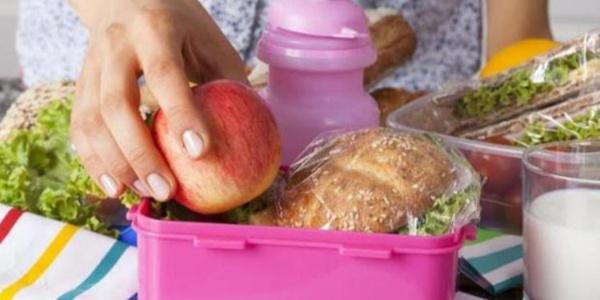 Diyetisyene göre beslenme çantasında mutlaka olması gerekenler