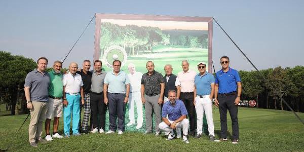 Erdoğan Demirören anısına golf turnuvasında ünlüler geçidi
