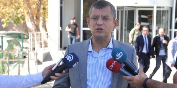 """CHP'li Özgür Özel'den  """"Bizi dinleyenleri devlet açığa çıkarsın"""" çağrısı"""