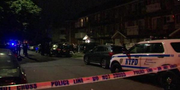 New York'ta çocuk bakım evinde dehşet: Satırla 3 bebeği yaraladı