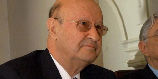 Turgut Özal'ın sözüsü emekli büyükelçi Kaya Toperi vefat etti
