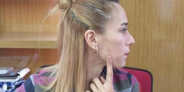 Kadın öğretmen tramvayda yanında oturan kadından şikayetçi oldu