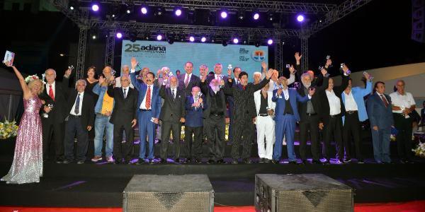 Adana Film Festivali'nin galası ödül gecesine döndü