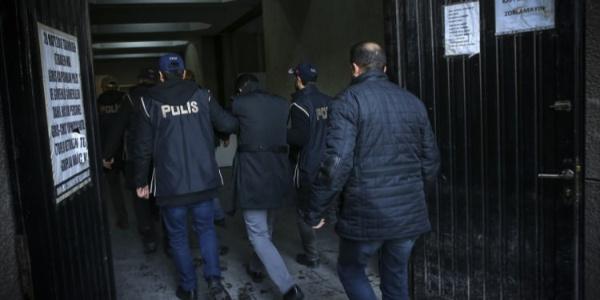 Kayseri'de FETÖ'den gözaltına alınan 6 kişiden 3'ü tutuklandı