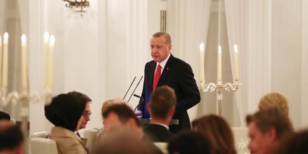 Cumhurbaşkanı Erdoğan'dan Almanya'ya teröristler için veryansın