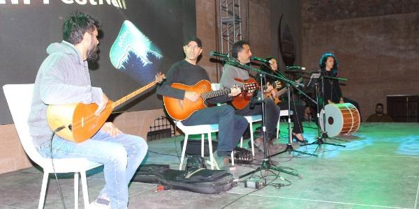 Tarihi İshak Paşa Sarayı, Grup Abdal şarkıları ile yankılandı