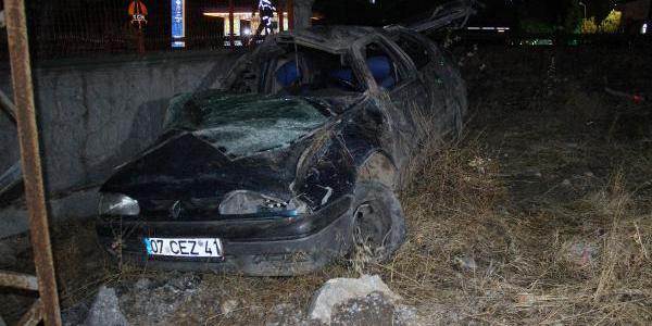 Konya'da feci kaza: Karı-koca öldü, üç çocuk yaralı