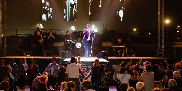 Balkan Festivalinin final gecesinde İzmirliler müziğe doydu