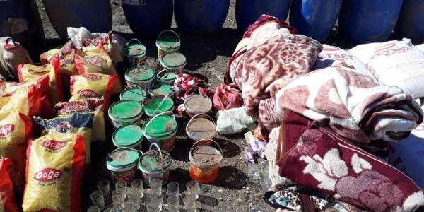 Van'da terör örgütünün kışlık erzağı ele geçirildi
