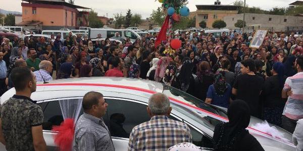 Gaziantep'te genç mühendis düğünün yapılacağı gün toprağa verildi