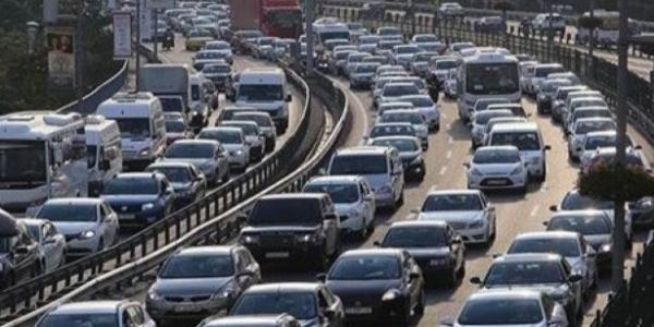 TUİK trafiğe kayıtlı araç sayısını açıkladı: Ağustos'ta 22 milyonu geçti