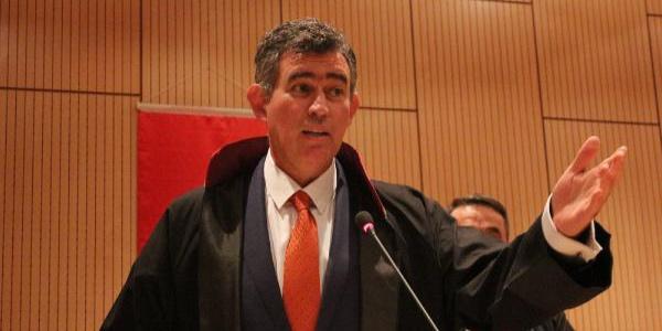 Metin Feyzioğlu'dan genç avukatlara ders gibi sözler