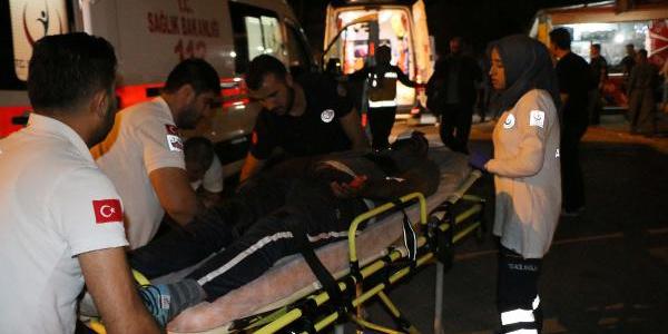 Adıyaman'da karakol önünde silahlı kavga: 15 yaralı, 10 gözaltı