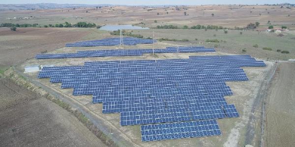 Edirne Keşan'daki güneş tarlasında elektrik hasadı: 190 bin KWh