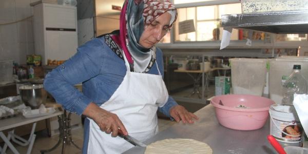 Elazığlı  ev hanımı hayalini gerçekleştirerek  7 kadına iş kapısı oldu
