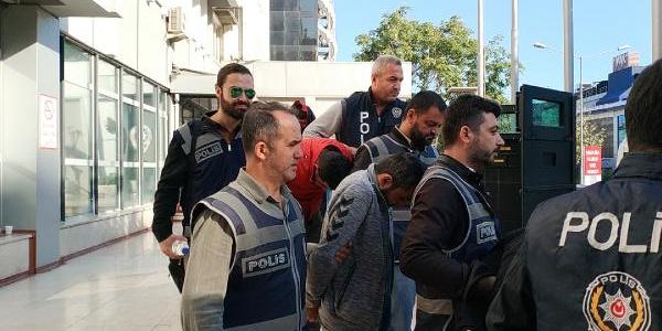 Bursa'da polis fuhuş çetesinin şifrelerini çözdü: 14 gözaltı