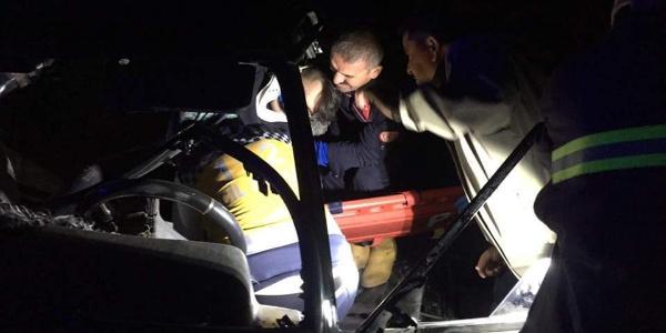 Kayseri'de 2 otomobil kafa kafaya çarpıştı: 3 ölü 3 yaralı