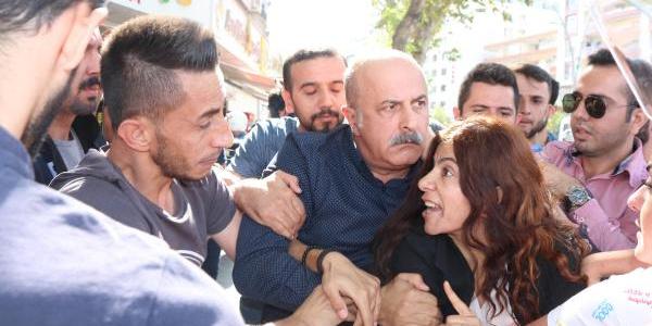 Batman'da HDP'lilerin protestosuna polisten müdahale