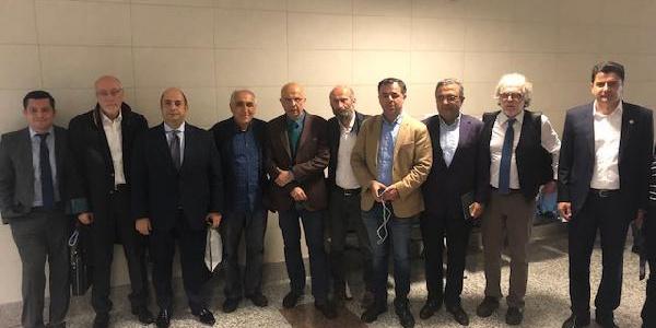 MİT TIRlarından yargılanan Enis Berberoğlu'na yurt dışına çıkış yasağı
