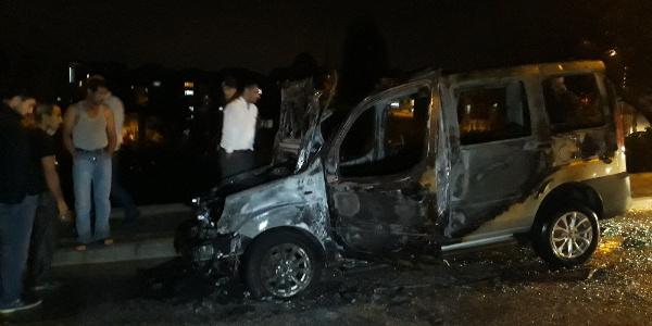 Ankara'da alkollü genç ailesine kızıp arabayı yaktı
