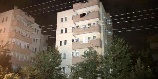 Bursa'da 5 katlı bina asker uğurlama eğlencesi yapılırken boşaltıldı