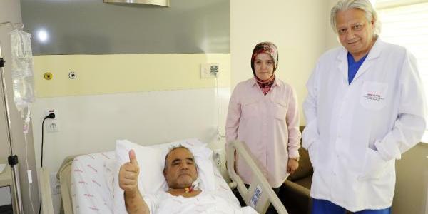 Antalya'da ABD'li mühendisin organları 3 hastaya umut oldu