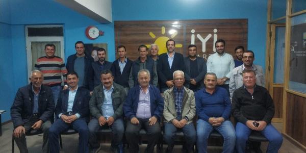İYİ Parti'de istifalar bitmek bilmiyor