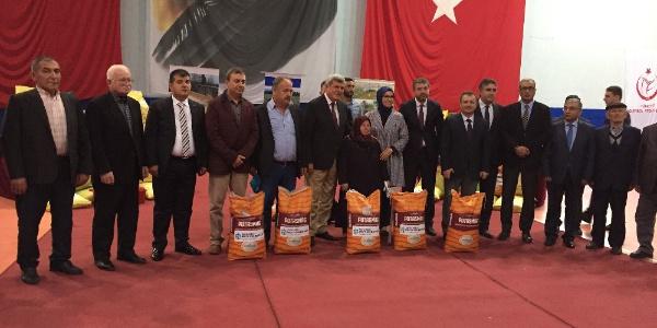 Kocaeli Belediyesi'nden  2 bin çiftçiye 900 ton gübre desteği