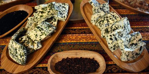Otlu peynirin rakibi madımaklı peynir oldu!