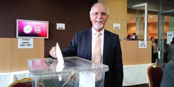 İstanbul Barosu Başkanı değişmedi, Avukat Mehmet Durakoğlu yeniden kazandı