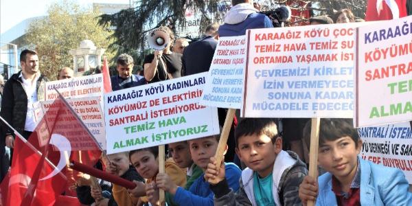 Köylerinde santral istemeyen halk eylem yaptı