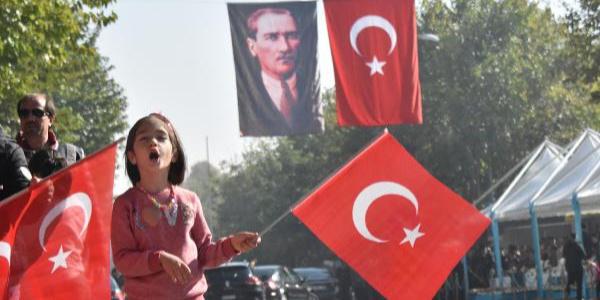 Konya ve Aksaray'da Cumhuriyet Bayramı coşkuyla kutlandı