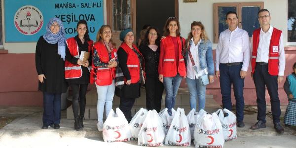 'Gönüllü bayanlar' öğrencileri sevindirdi