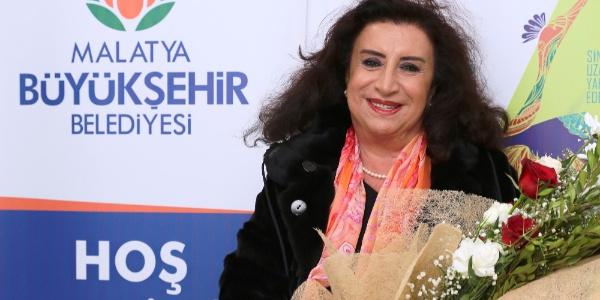 Malatya Uluslararası Film Festivalinde Onur Ödülleri'nin sahipleri Şener Şen ve Perran Kutman Malatya'da