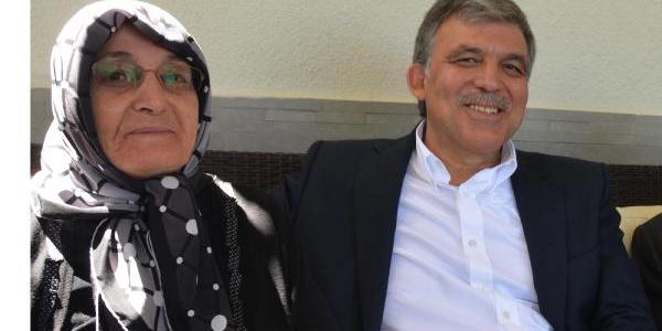Eski Cumhurbaşkanı Abdullah Gül'ün annesi ameliyat oldu