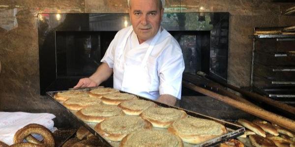 Bursalıların vazgeçilmezi, asırlık damak tadı 'tahinli pide'